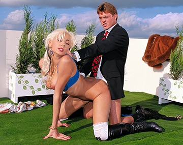 Private Castings: Blond Russian Aliza in a Hardcore Casting
